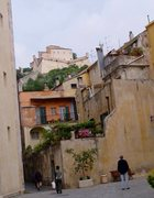 Rock Climbing Photo: Looking through town toward the castle on the hill