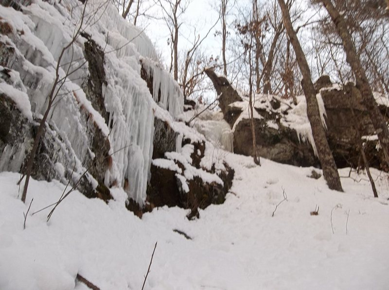 Rock Climbing Photo: Left wall