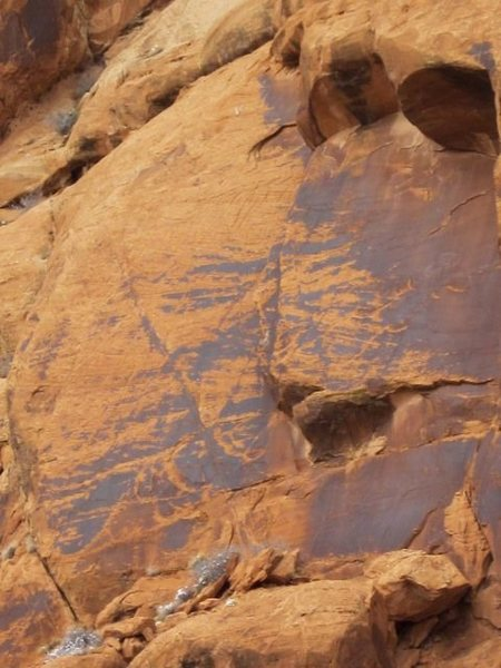 Rock Climbing Photo: This is a nice picture of the slab with the route ...