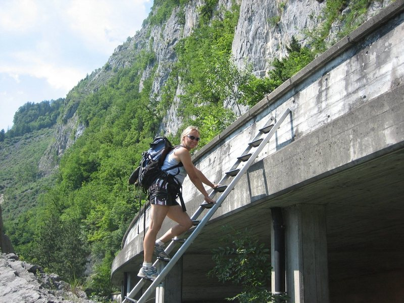 Approach, from the underpass, the up the ladder to the cliffs. <br> <br> [Admin edit: Now this is replaced with a via feratta ladder coming *down* !]