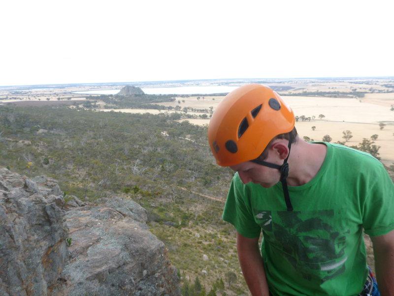Rock Climbing Photo: Pitch 2 anchor, Tiptoe ridge. Mitre rock in backgr...