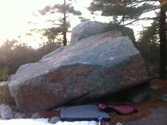 Rock Climbing Photo: Grand Traverse on the Plateau Boulder