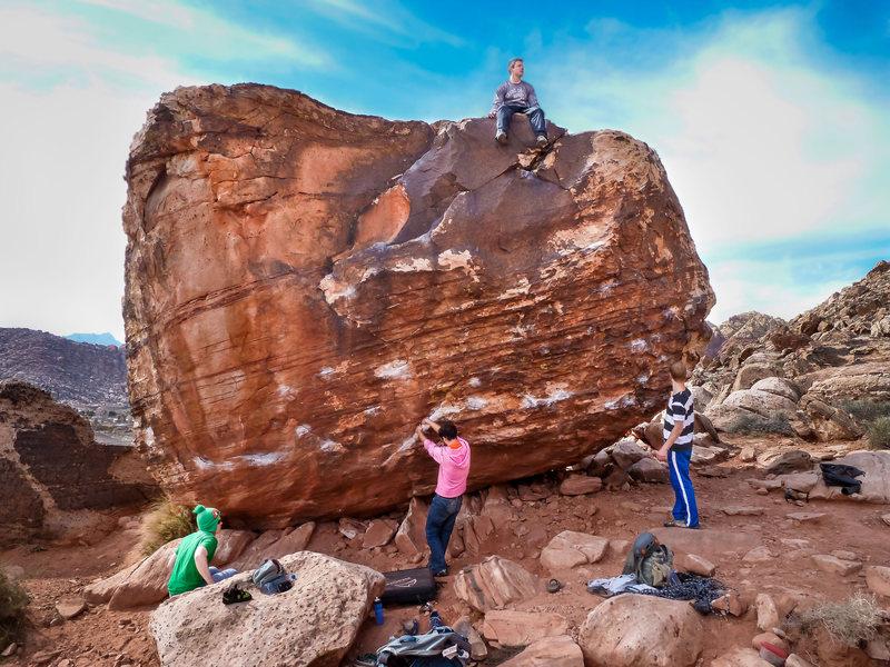 Front of Bathtub Boulder aka Hot Tub Club, climbing Dog Leash Boy