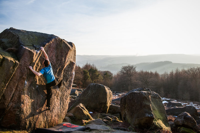 Rock Climbing Photo: Bouldering at Stanage Edge, England.