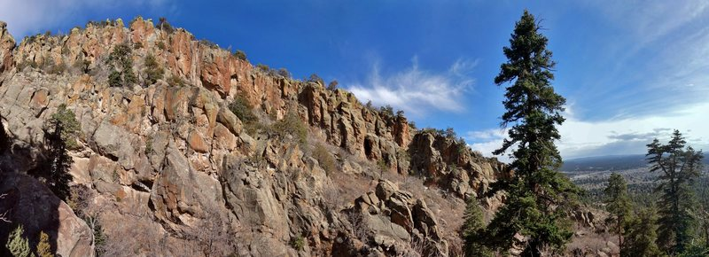 Rock Climbing Photo: Middle Elden Canyon