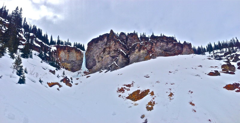 Rock Climbing Photo: Santa Claus Pillar amphitheater with the tops of S...