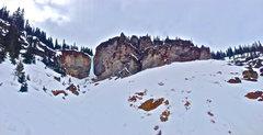 Rock Climbing Photo: Santa Claus Pillar amphitheater with the tops of S...