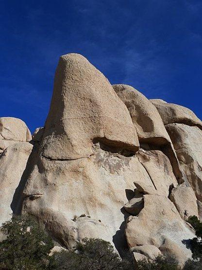 Rock Climbing Photo: Freak Brothers Dome, Joshua Tree NP