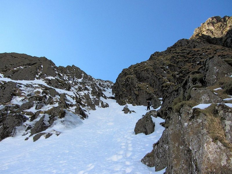 Rock Climbing Photo: Looking up the gully section of Central Trinity fr...
