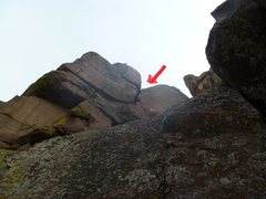 Rock Climbing Photo: Arrow points to the big crack up above.