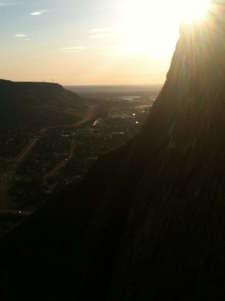 What a great view from the Lookout mountain Crag on an early climb before work...awesome!