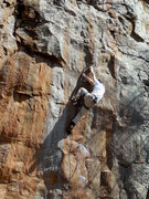 Rock Climbing Photo: Getting past the crux on Horseshoes in the Far Eas...