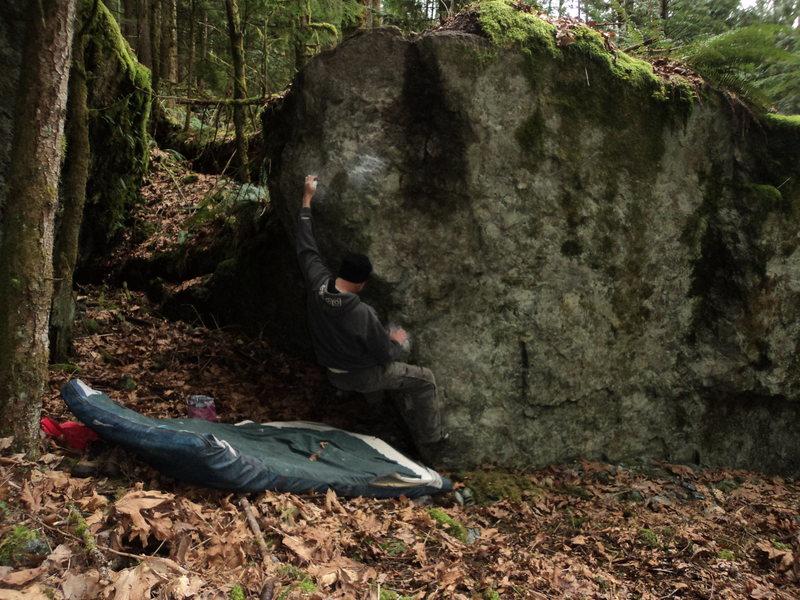 Rock Climbing Photo: Opening move.