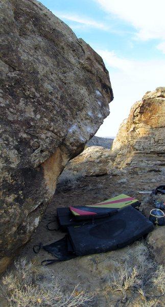 Rock Climbing Photo: Violet Trust problem.