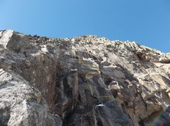Rock Climbing Photo: The crux's zigzag line