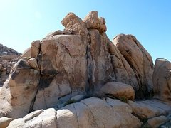 Rock Climbing Photo: Hound Rock, Joshua Tree NP