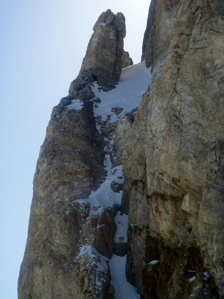 A better view of the couloir.