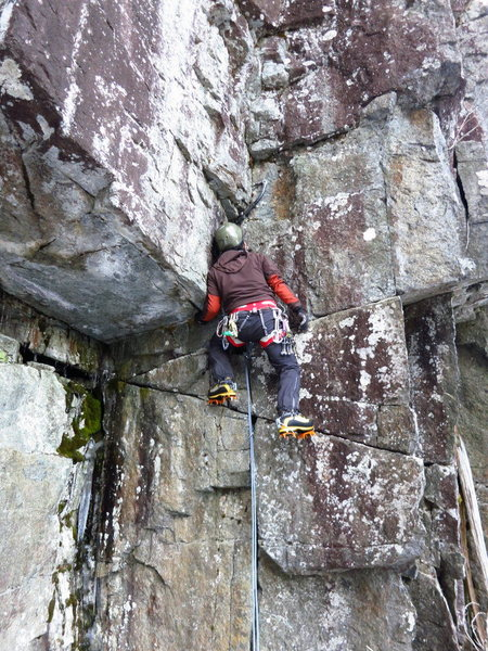 Rock Climbing Photo: Getting into the Evisceration corner.
