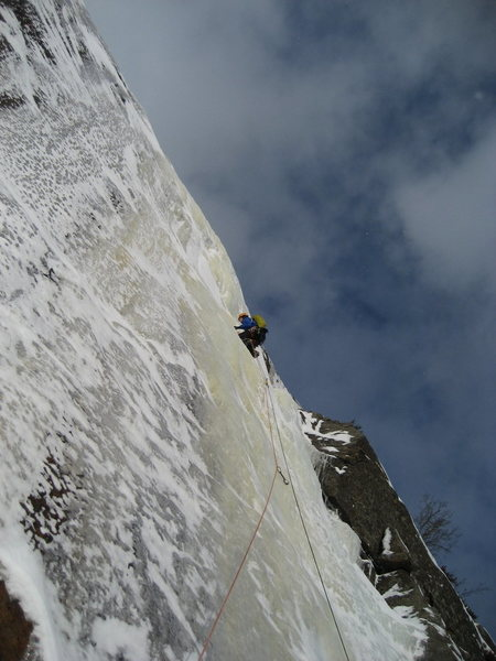 Rock Climbing Photo: The top pitch of Siamese Right, Potter Mountain.