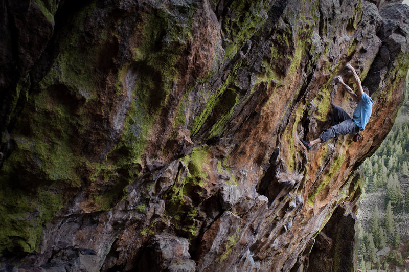A free solo of Kloof by Matt Lloyd....<br> <br> Photo by Mike Sakas.