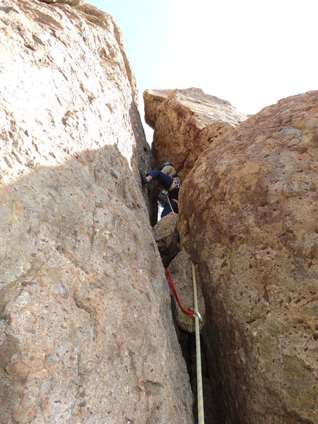 Floyd Hayes leading Far Side Chimney 5.6 on 10 March 2013. Photo by Roy Benton.