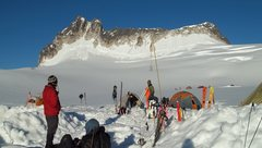 Rock Climbing Photo: Great day on the Pika Glacier.