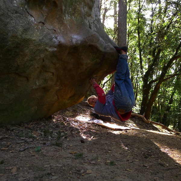 Rock Climbing Photo: Mike Arechiga on, 360 Boulder. V4.