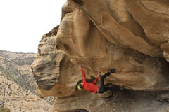 start matched on a jug below the two distinct ovular huecos and go straight up the apex of the prow