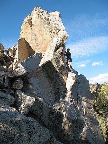Just below the crux of Palm Pilot (5.10b), Onyx Summit Crag