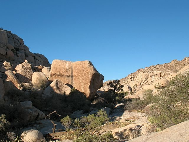 Rock Climbing Photo: This huge boulder is a good landmark on the way to...