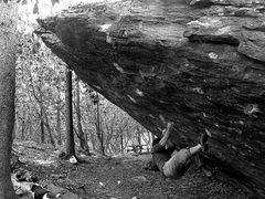 Rock Climbing Photo: Kent starting Frites (V9)