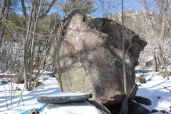 Rock Climbing Photo: Snuggle Bunny climbs up the center of the short su...