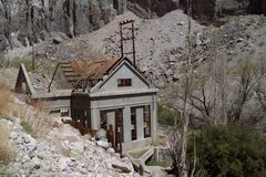 Rock Climbing Photo: Power Plant Ruins Lower Gorge.