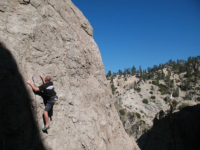 Don't Look at Me! (5.10a) at the Blue Velvet Buttress, Williamson Rock