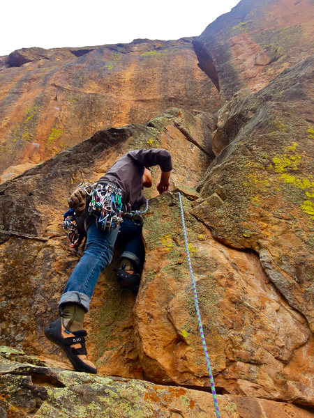 Rock Climbing Photo: P2 start.  Great crack climbing above.