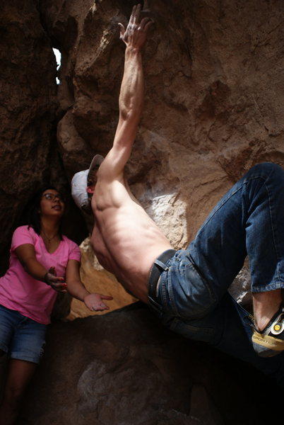 Rock Climbing Photo: Unnamed V4 in Dusty Cave!