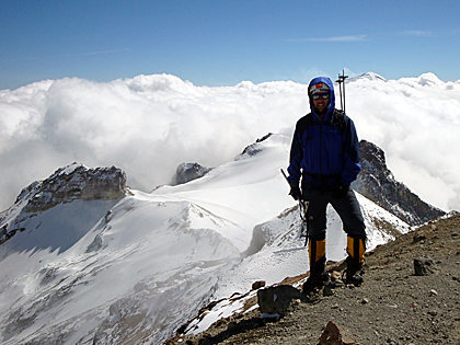 Enjoying Iztaccíhuatl's summit (5,230 m), during a great day climbing/training with my friends. Estado de Mexico, Mexico.