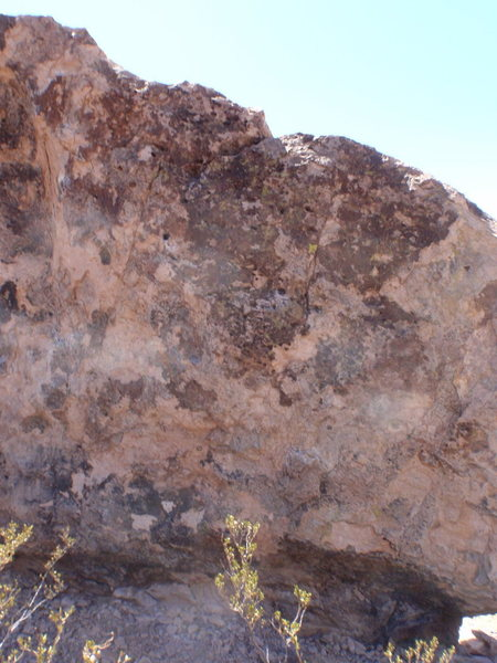 Rock Climbing Photo: Pie V0 the start is lower almost behind the creoso...