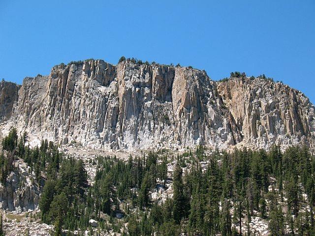 Rock Climbing Photo: Mammoth Crest from McLeod Lake, Mammoth Lakes Basi...
