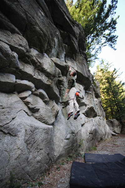 Rock Climbing Photo: Dyno on the Traverse wall at Murrin Park