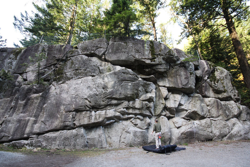 Rock Climbing Photo: Traverse wall in Murrin Park.  Lots of fun here.