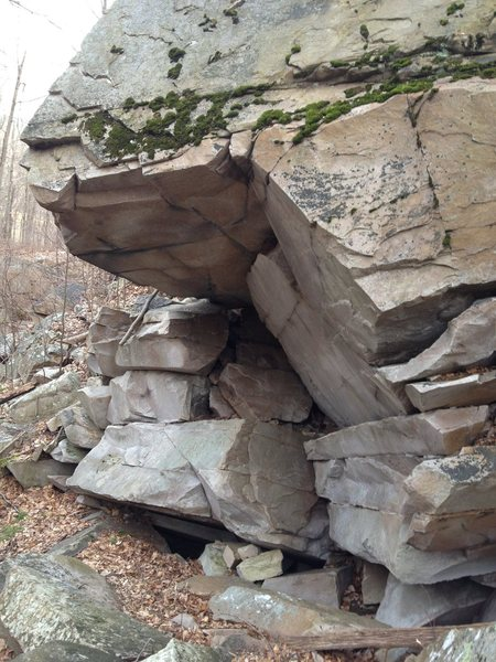 Rock Climbing Photo: Further down rock quality gets much better Possibl...