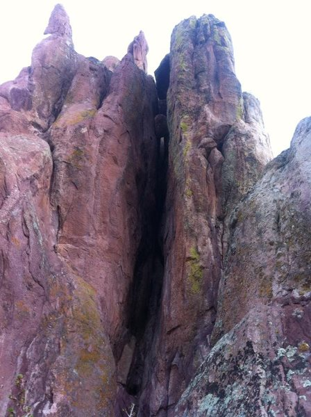 Rock Climbing Photo: P1 of Lemons and Lime: that's one gnarly squeeze!