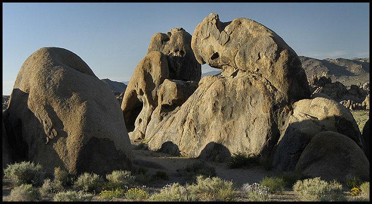 Rock Climbing Photo: Alabama Hills. Photo by Blitzo.
