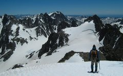 Rock Climbing Photo: Heading down (South along the summit ridge) from G...