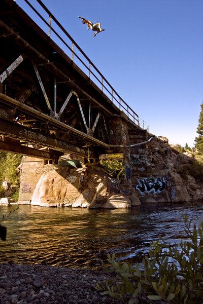 Farad Bridge