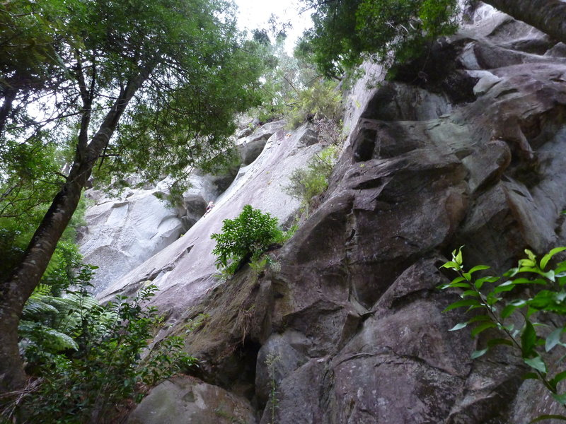 Rock Climbing Photo: Looking up at The Arches