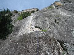 Rock Climbing Photo: Better belay spot above the ledge