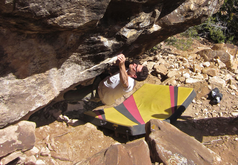 Starting the boulder problem<br> Dirty Rotten Scoundrels (V8)