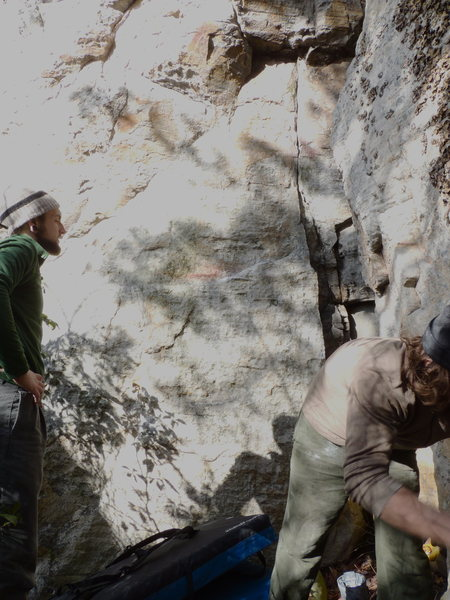 One of the cooler routes we've been working on. V3-4. No name yet.